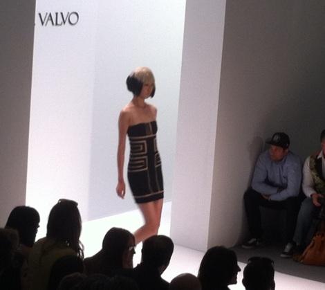 MaleCritique.com Carmen Marc Valvo