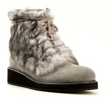 http://www.farfetch.com/shopping/men/moncler-atreo-boots-item-10812286.aspx?storeid=9702&ffref=lp_1176_