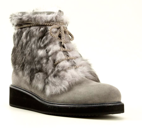 http://www.farfetch.com/shopping/men/moncler-atreo-boots-item-10812286.aspx?storeid=9702&ffref=lp_1176_